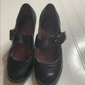 Clark's Indigo Black Leather Heeled Mary Jane